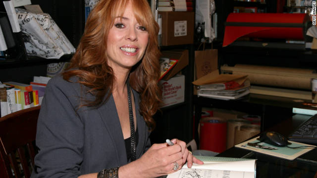 Actress Mackenzie Phillips says during a drug relapse she moved dealers into her house to keep her supply flowing.