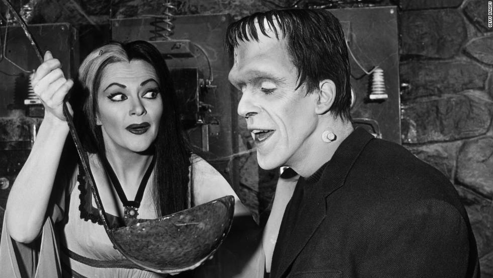 Here's a first look at 'The Munsters' reboot cast