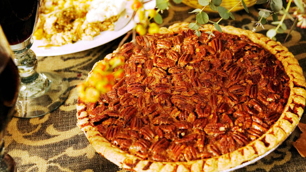 Although pecans themselves are good for the heart, plop them in a pie and you could eat more 500 calories and 27 grams of fat in a single slice. Holidays are made for indulgence, but after a typical Thanksgiving meal, the last thing you should do is to top it off with a high-calorie dessert like this.
