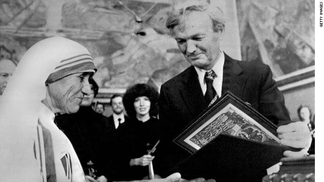 Mother Teresa was presented with the award for her humanitarian work.