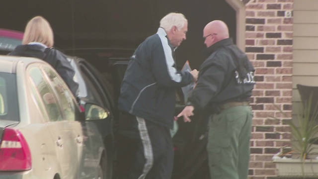Sandusky returns home after leaving jail