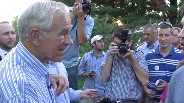 Could Ron Paul pull off upset in Iowa?