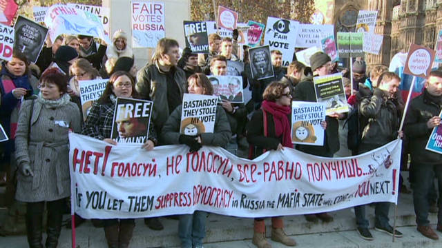 Anti-Putin protesters rally in London