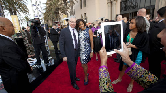 HLN's Dr. Drew Pinsky and actress Holly Robinson .