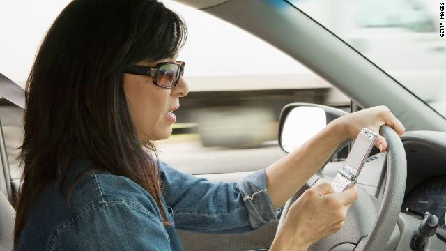 The NTSB has called for a nationwide ban on the use of mobile phones by drivers.