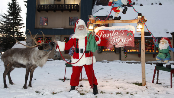 Tom Valent is the current dean of the longest-running Santa Claus school, first established in 1937.
