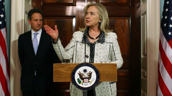 WASHINGTON, DC - NOVEMBER 21: Secretary of State Hillary Clinton and Treasury Secretary Timothy Geithner (L) announce new sanctions against Iran at the State Department on November 21, 2011 in Washington, DC. U.S. officials announced a new set of sanctions they hope will inspire other governments to break off transactions with both the central bank and with businesses in Iran. (Photo by Mark Wilson/Getty Images)