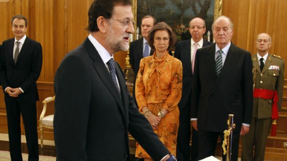 New Spanish Prime Minister Mariano Rajoy has promised tough economic measures to avert deepening economic crisis.
