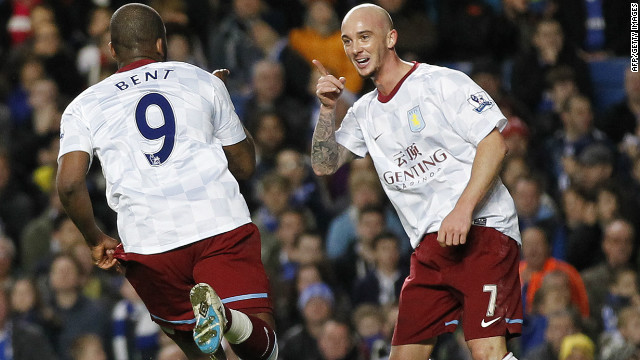 Stephen Ireland celebrates his goal for Aston Villa at Chelsea with Darren Bent.