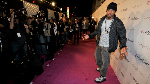 """Nick Cannon is out of the hospital after suffering from """"mild kidney failure."""""""