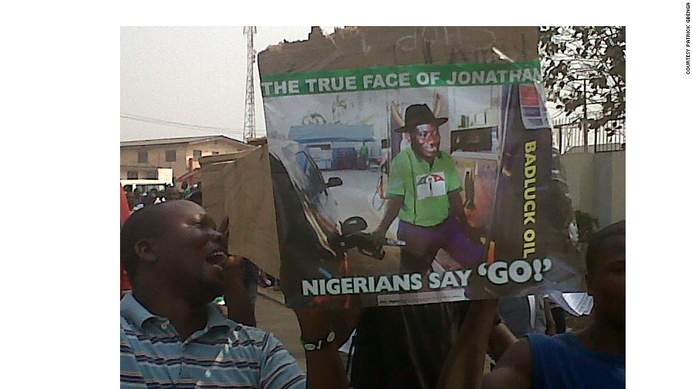 IReporter Patrick Gbenga captured the protest scenes in the Nigerian city of Akure, capital of the Ondo state.