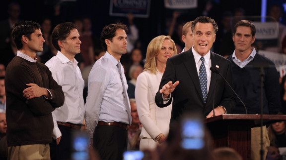 Mitt Romney speaks at Southern New Hampshire University after winning the New Hampshire GOP primary.