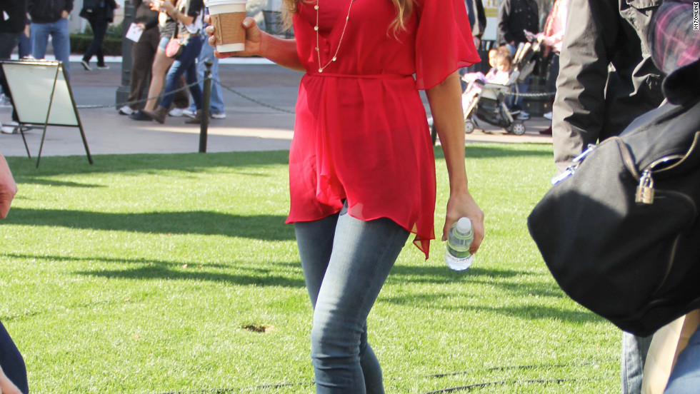 "Denise Richards visits ""Extra"" in Los Angeles."