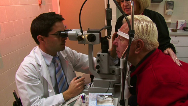 Focusing on macular degeneration