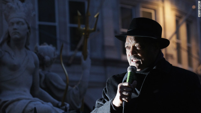 Rev. Jesse Jackson addresses the crowd at the Occupy camp, St Paul's Cathedral, London on December 15, 2011.