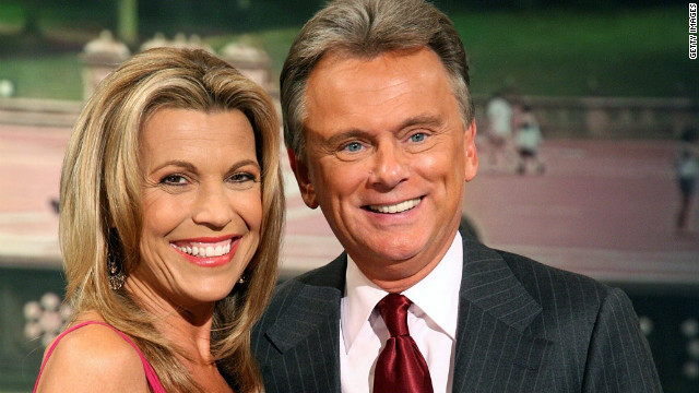 Vanna White hosts 'Wheel of Fortune' as Pat Sajak undergoes emergency surgery