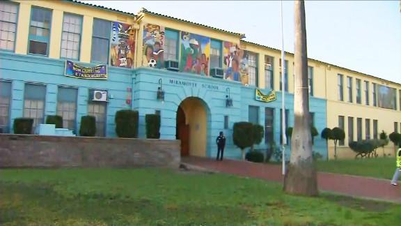 Miramonte Elementary School is a Los Angeles public school that serves grades one through five.