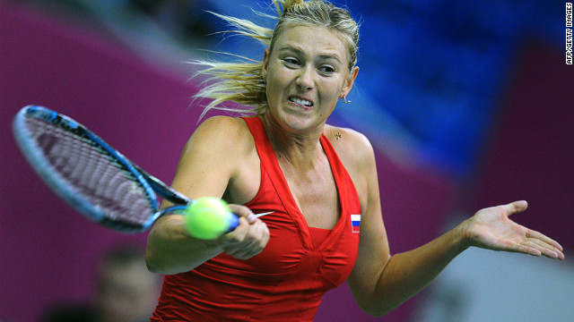 Maria Sharapova got Russia off to a winning start in their Fed Cup tie with Spain.