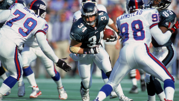 Former Eagles fullback Kevin Turner, who has been diagnosed with ALS, is suing the NFL for negligence.