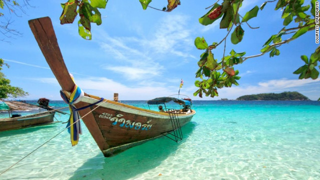 Sitting in the crystal-clear waters of the Andaman Sea, about 60 kilometers off of the coast of Satun province, white-sand fringed Koh Lipe is in the Tarutao National Marine Park.