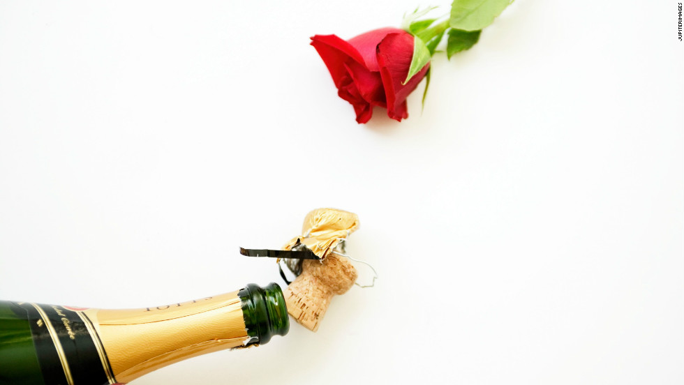 Weddings: they're all Champagne toasts and rose petals a-plenty -- at least until the bills start rolling in. Eliminate any awkwardness or unexpected expenses up front by figuring out who is responsible for footing each part with some guidance from Martha Stewart Weddings.
