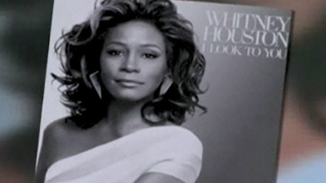 Whitney Houston's 2007 I look to you album cover.
