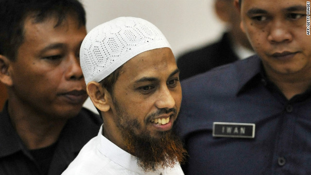 Umar Patek arrives at court in Jakarta to face trial for his alleged involvement in the 2002 Bali bombings.