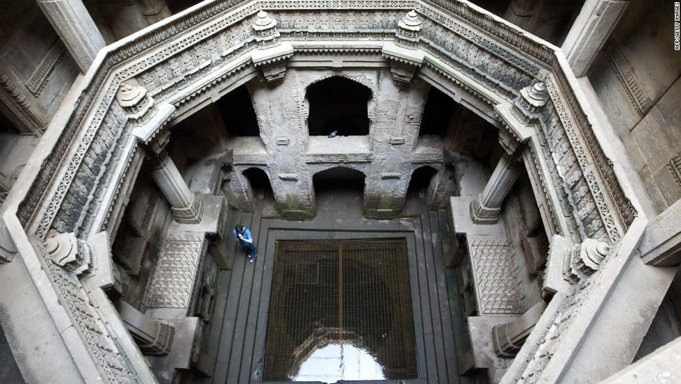 "This method was employed over 1,500 years ago by local Rajasthanis, who built ""baoli"" or stepwells -- bodies of water surrounded by a descending set of steps, helping to create a microclimate in the surrounding structure."