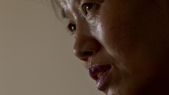 Han survived being tortured by police officers in North Korea. The beating shattered the parietal bone in her skull into four pieces. She and two of her children escaped to China by crossing the Tumen River in 1998.