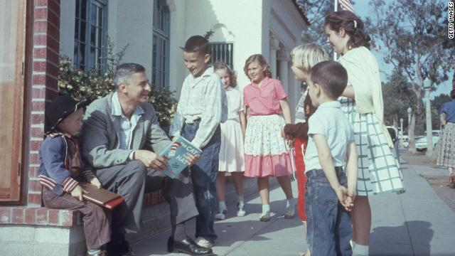 Dr. Seuss reads to kids in 1957.