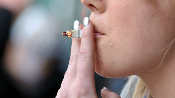 Tobacco companies have been ordered by a federal judge to admit  that they deceived Americans about the dangers of smoking.