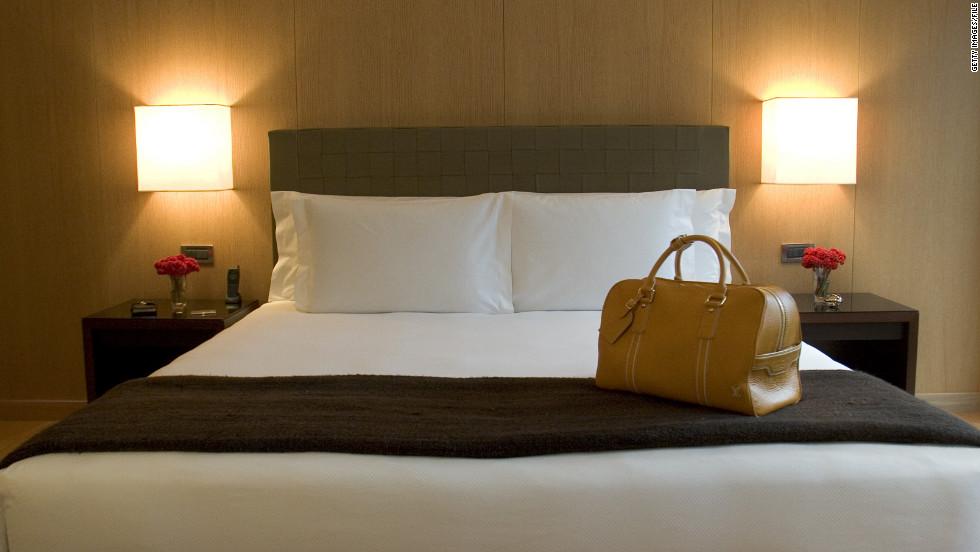 Hotel room lighting best home design 2018 for Design hotel chain
