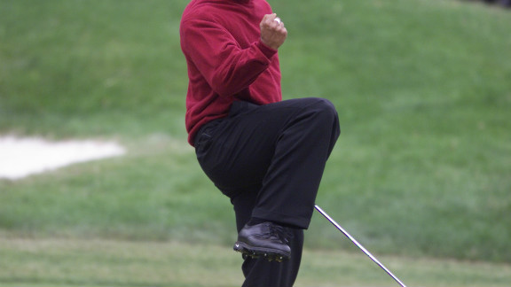Woods retained his title in 2001, finishing the tournament 18 under par.