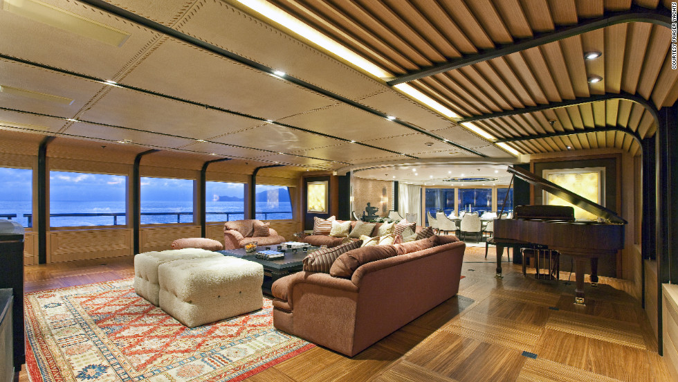 The grandiose interior of Imagine features extensive dining room and lounge space.