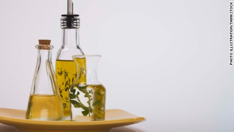 More benefits to a high-fat Mediterranean diet, new study says