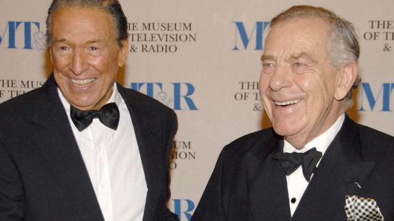 Wallace and Morley Safer pose at The Museum Of Television & Radio's Annual Gala in New York in 2007.