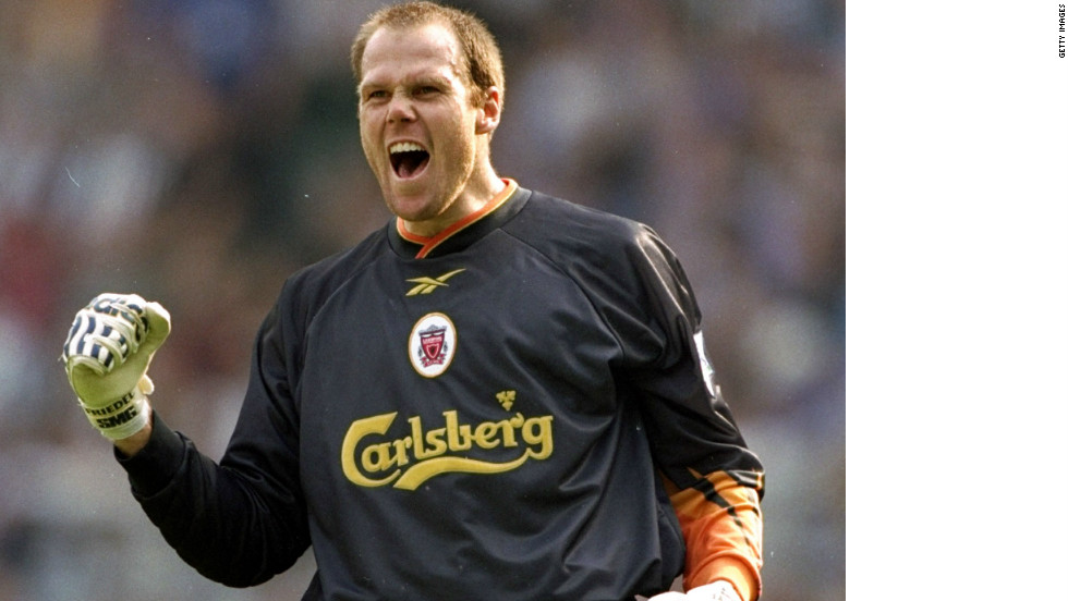 After several attempts to sign for an English club were thwarted by work permit issues, Friedel made his top-flight debut for Liverpool in February 1998.