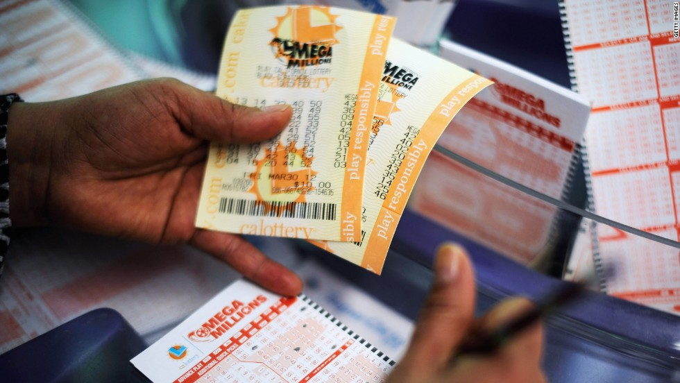 Georgia Woman Claims Half Of 648 Million Mega Millions Jackpot Cnn