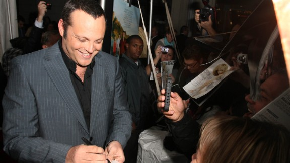 Vince Vaughn attends the Chicago premiere of 'Couples Retreat' at the AMC River East on October 6, 2009 in Chicago, Illinois