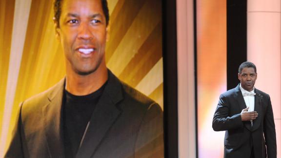 It's Denzel Washington!