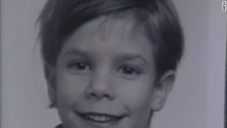 The parents of Etan Patz have asked a New York court to overturn a 2004 civil ruling that a convicted pedophile strangled the 6-year-old boy in 1979.