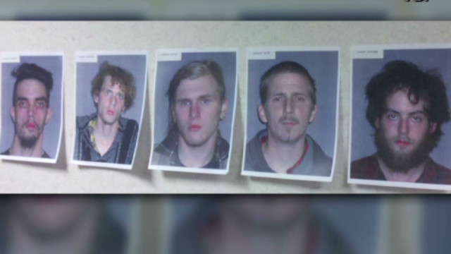 5 held in bomb plot on Ohio bridge