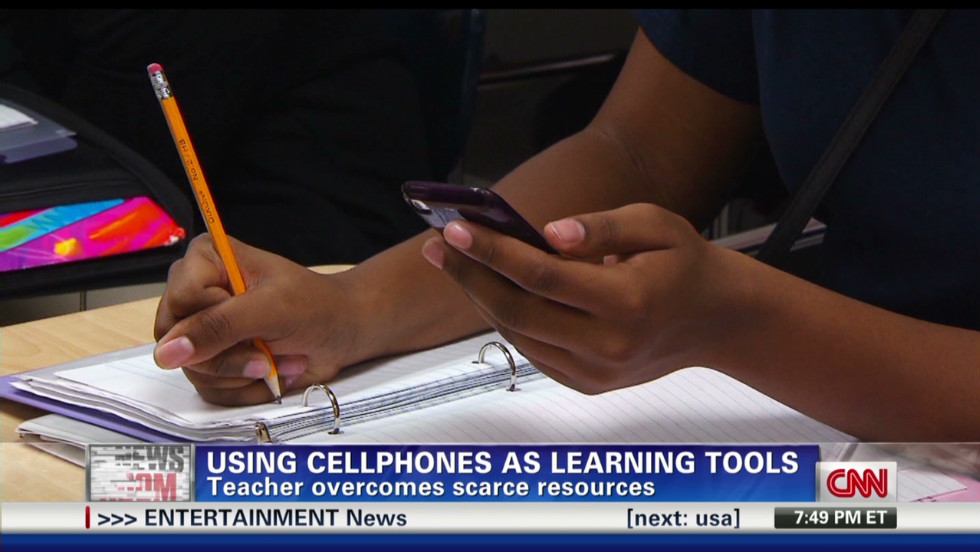 cell.phones.help.students_00012505