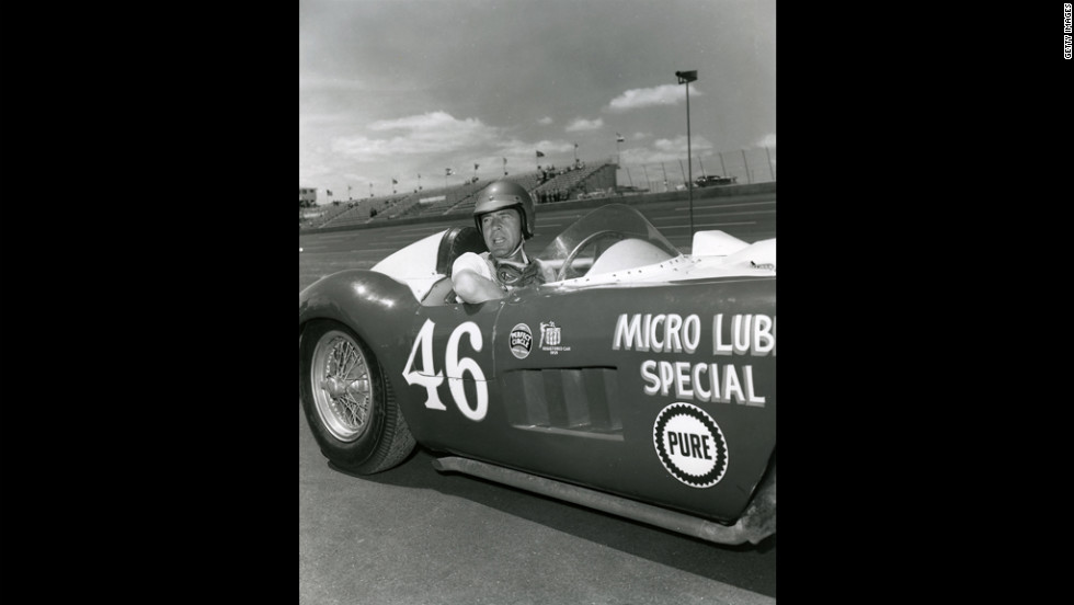 Shelby poses with E.B. Rose's Maserati 300S 3052/Corvette at Daytona International Speedway before a USAC Road Racing Championship event in April 1959. Driveshaft problems dropped Shelby to a 16th-place finish in the race.