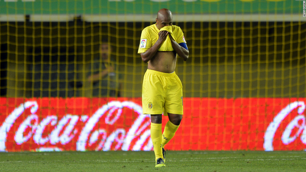 Villarreal midfielder Marcos Senna cut a forlorn figure after a 1-0 defeat to Atletico Madrid condemned the 2006 European Champions League semifinalists to relegation from the Spanish top flight.