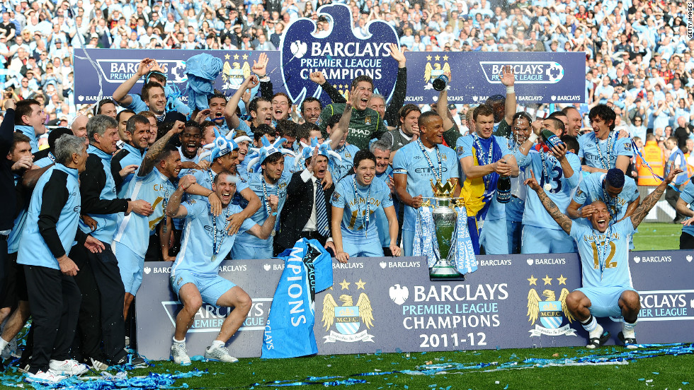 Manchester City beat archrivals and neighbors Manchester United to the English Premier League title on goal difference, after two goals in stoppage gave Roberto Mancini's side a 3-2 victory against Queens Park Rangers.