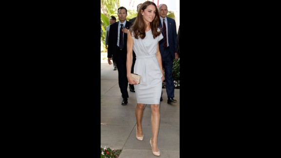 That same day, she attended an event at the Beverly Hilton hotel wearing a knee-length Roksanda Ilincic dress.