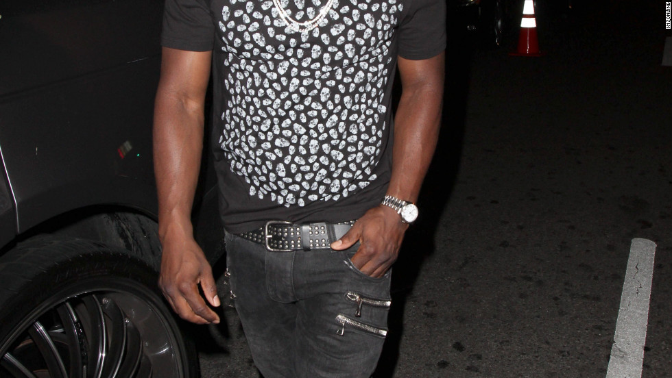 Kevin Hart leaves a club in Hollywood.
