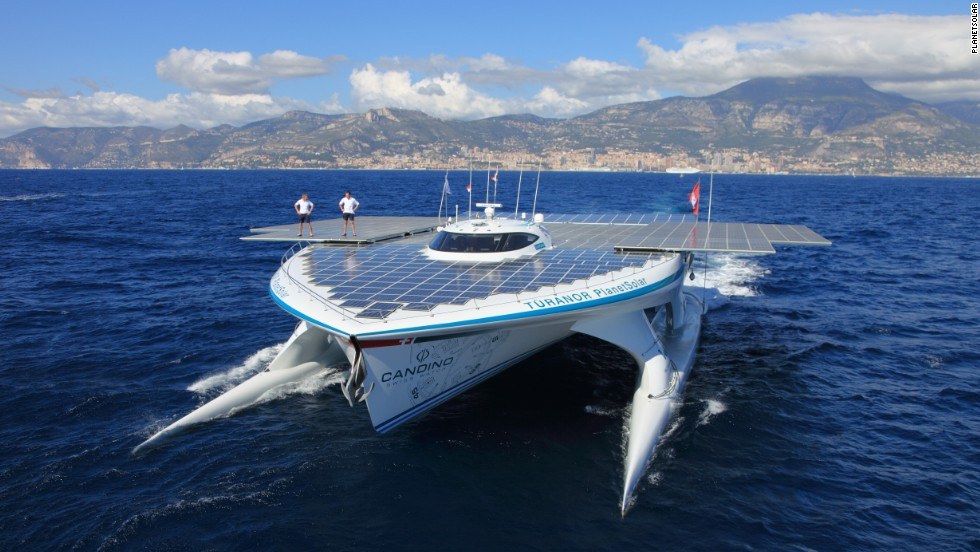 30 meters long, MS Turanor has enough solar panels to cover two tennis courts. The Swiss vessel is the largest solar power catamaran in the world and the first of its kind to circumnavigate the planet.