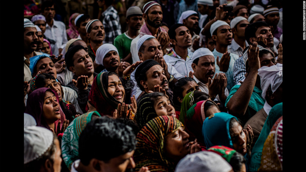Sufi Muslims pray in front of the shrine of 12th-century Sufi saint Muhammad Moin-ud-din Chisti during the Urs Festival on Tuesday in Ajmer, India.